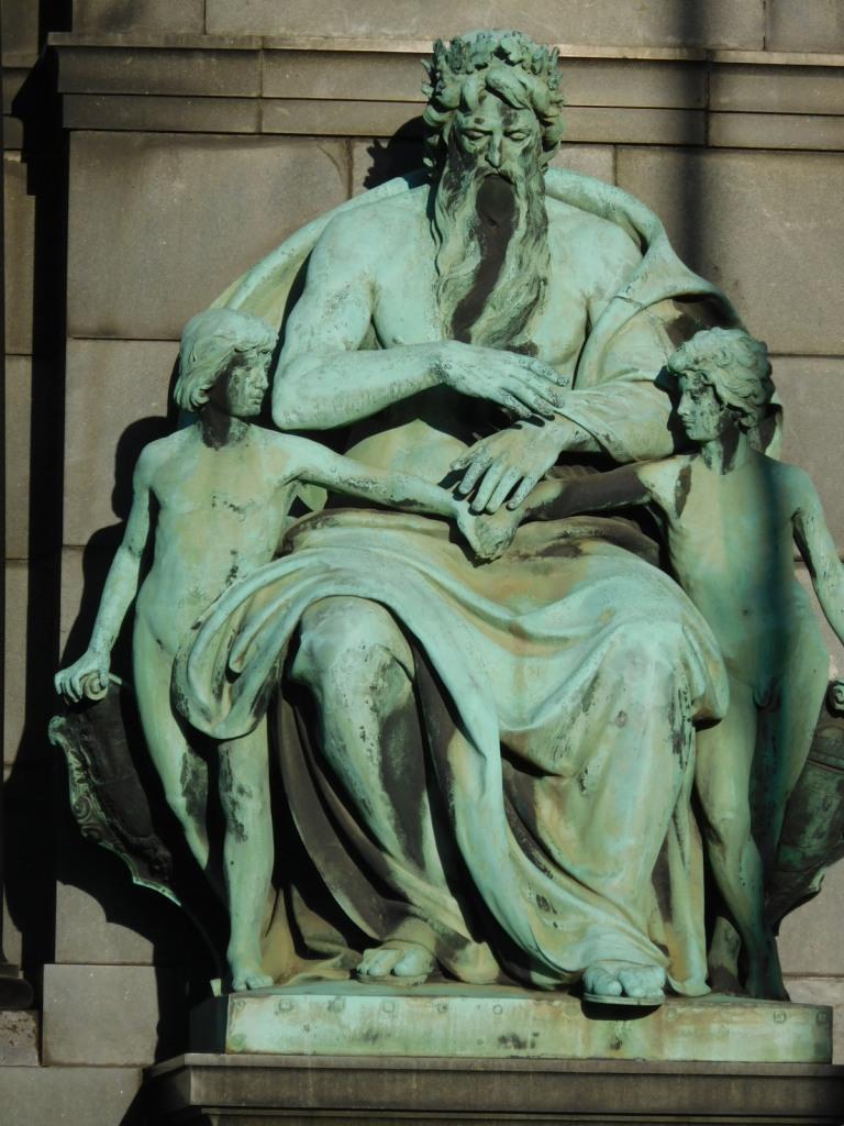 6512_Statue